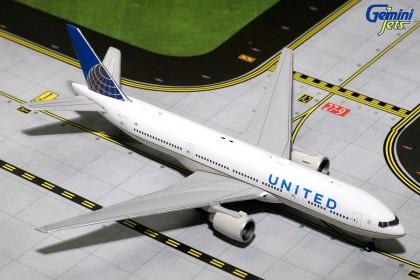 United Airlines Boeing 777-200ER N796UA (1:400 scale)