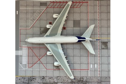 Airbus A380 F-WWOW (1:400 scale)