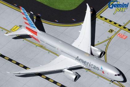 American Airlines B787-8 N802AN	(1:400 scale)