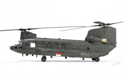 [Limited stock] RSAF Boeing Chinook CH-47SD Helicopter (1:72 scale)