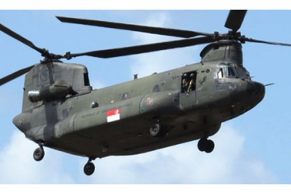 [Preorder] Limited stock RSAF Boeing Chinook CH-47SD Helicopter Scale 1:72 (ETA end Oct 2020)