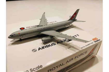 UK Air Force Airbus A330 Voyager KC2 (A330-243MRTT) ZZ330 (1:400 scale)