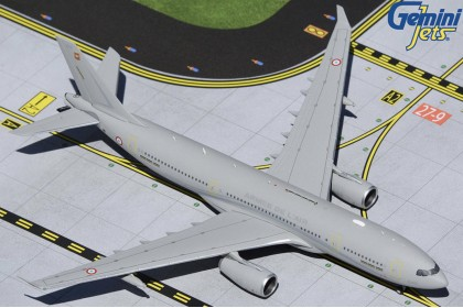 French Air Force A330 MRTT Voyager F-UJCH (1:400 scale)